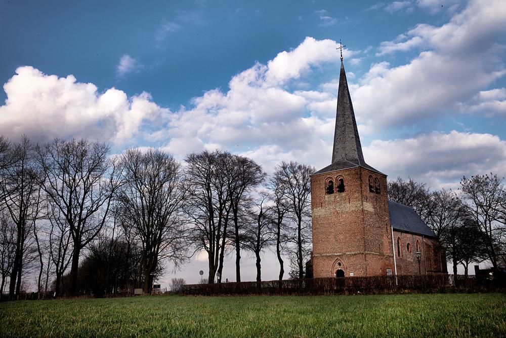 Het kerkje in Velp. Foto Gemma van der Heyden