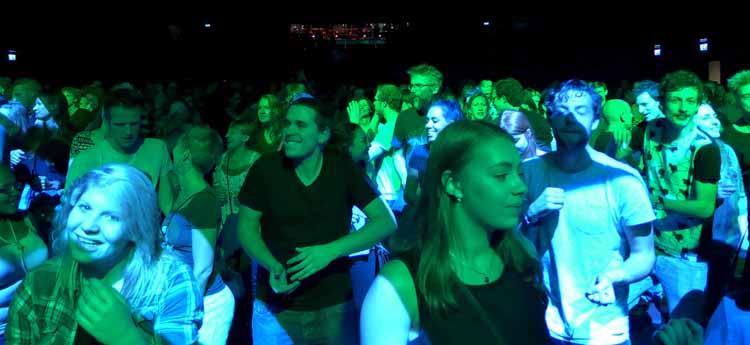 Dansen op de muziek van 'Jungle by Night'. Foto Joep Eijkens.