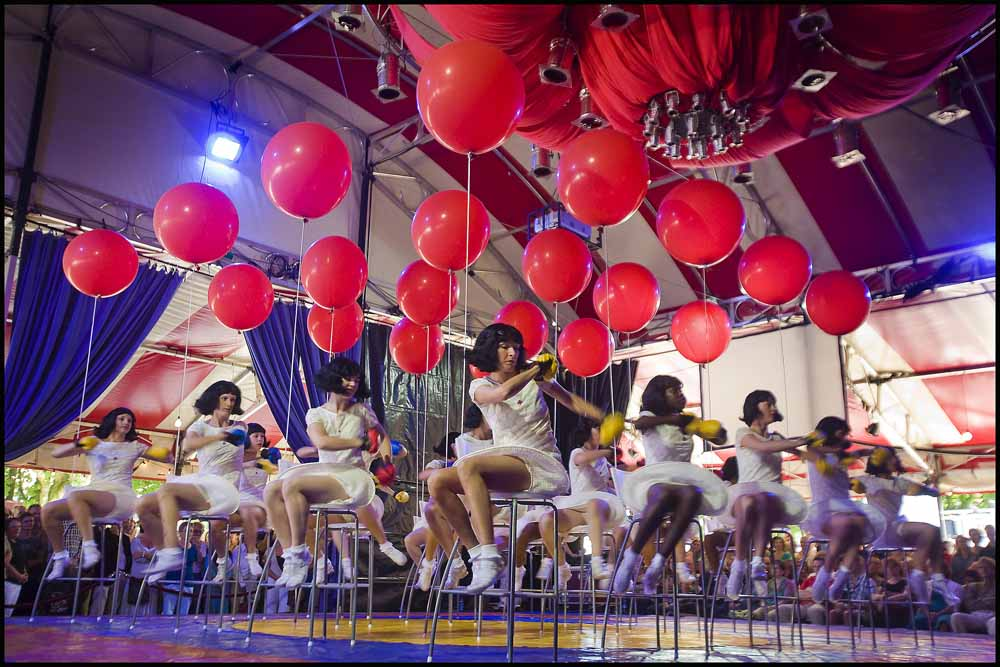 LAmelis danst Skippy tijdens theaterfestival Boulevard in Den Bosch. foto Joep Lennarts.