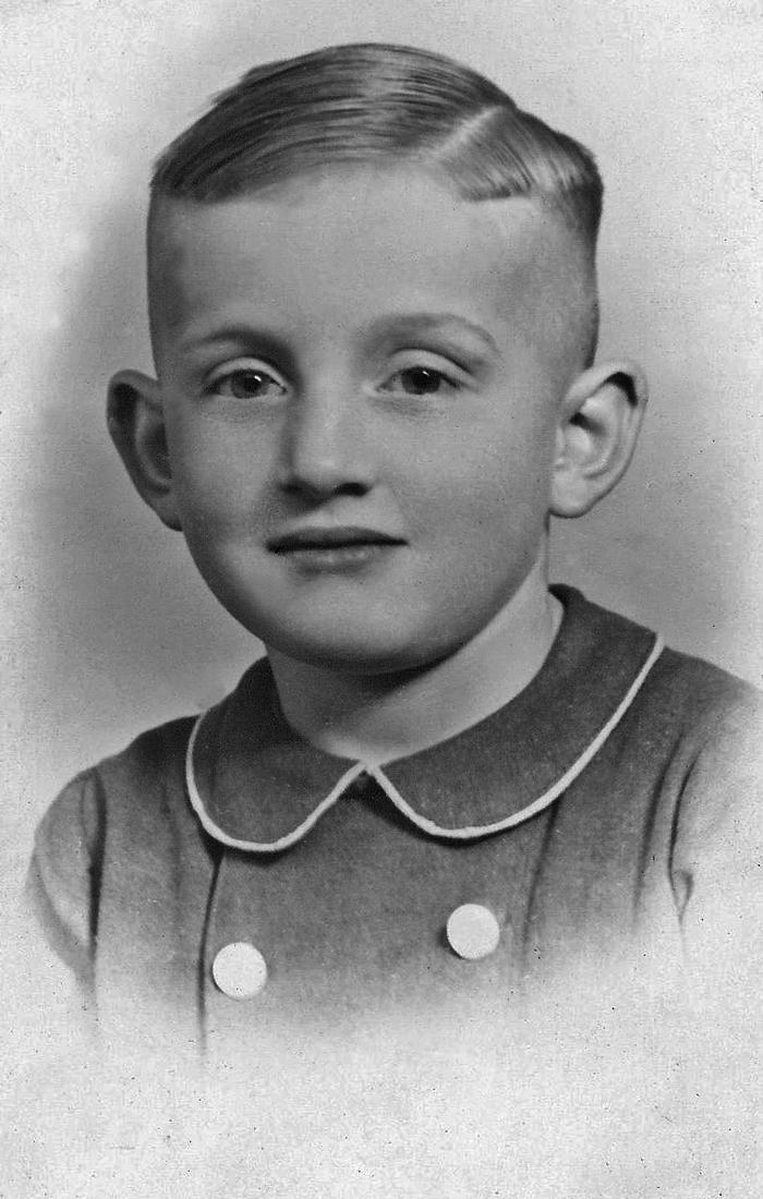 Henk van Belkom op 9-jarige leeftijd. Foto privé-bezit Henk van Belkom