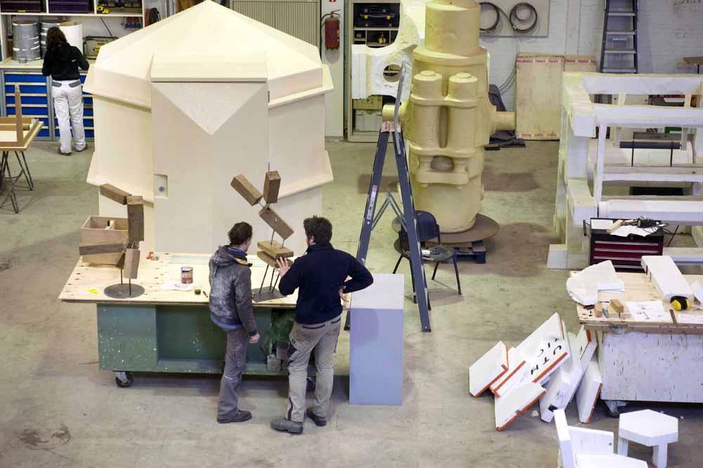 De werkplaats van Atelier van Lieshout. foto Piet den Blanken
