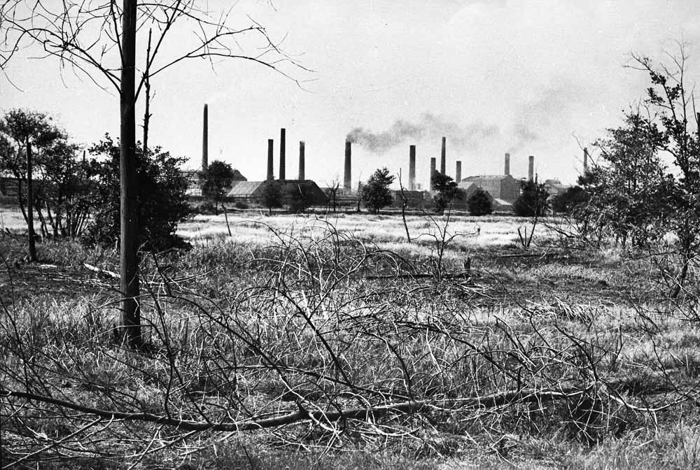 Zinkfabrieken B5, Budel (Loozerheide), 1968. © Noud Aartsen | Brabant-Collectie, Tilburg University