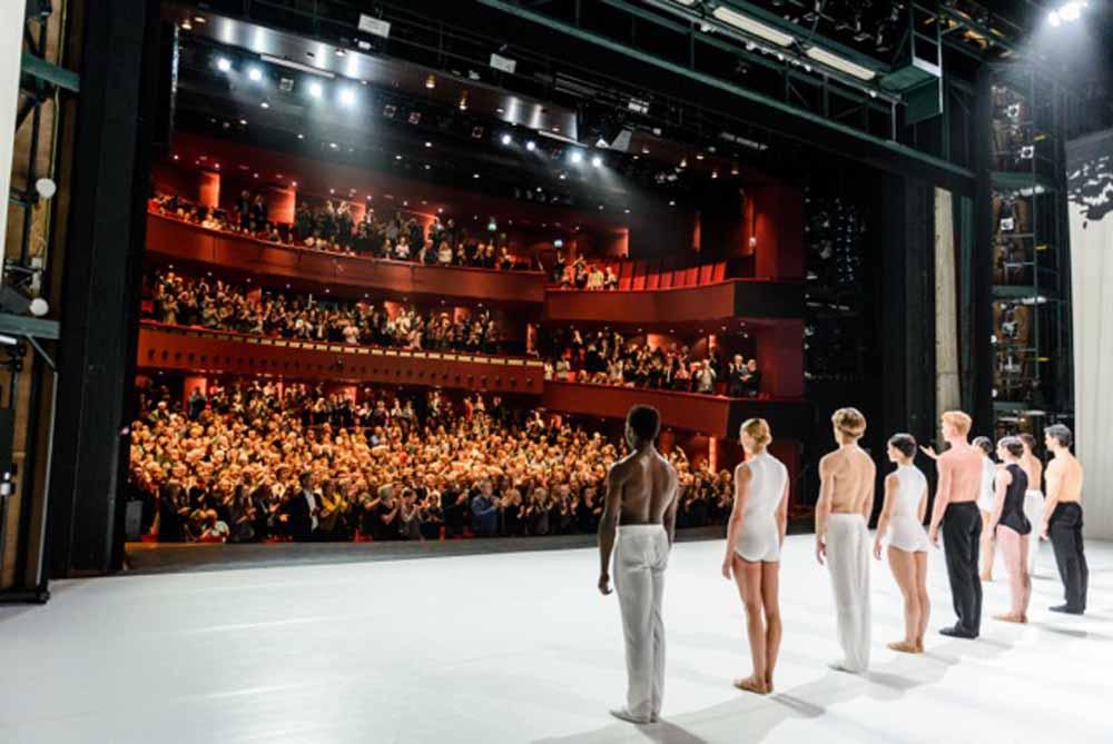 bc201604-emanuel_naaijkens-Theaters-Tilburg-Nederlands_Danstheater-foto_Jostijn_Ligtvoet