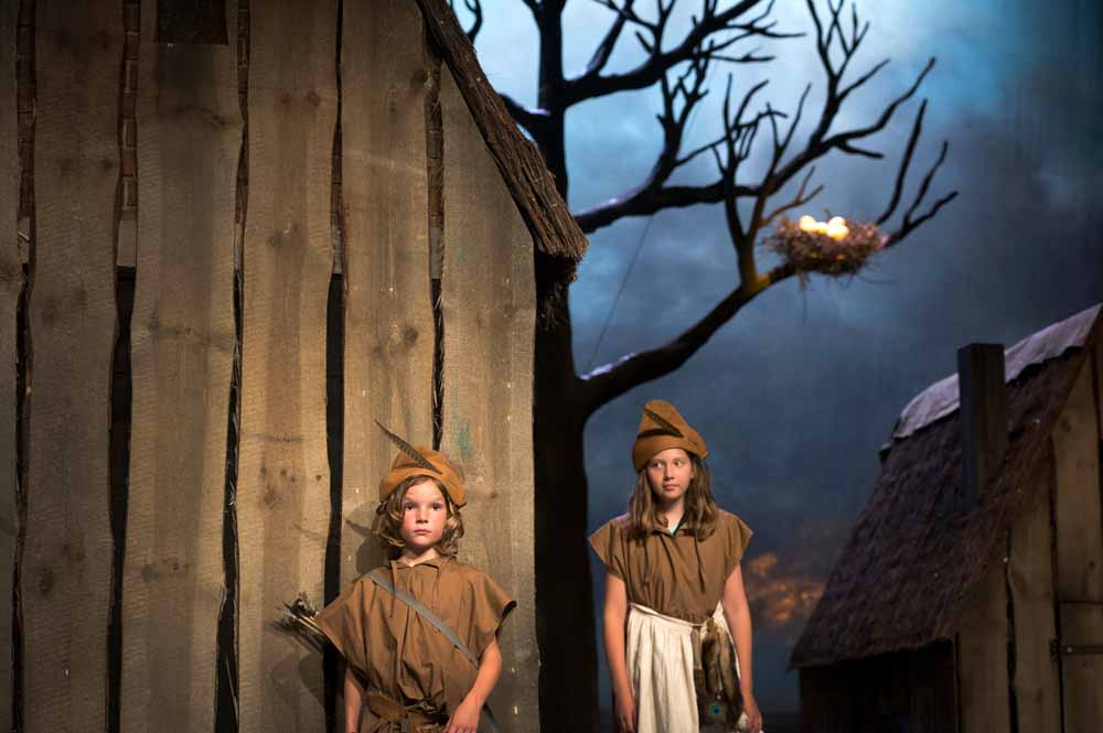 'Hoe grote mensen weggingen en wat er daarna gebeurde' van HZT en Theater Artemis. Foto Kurt van Elst