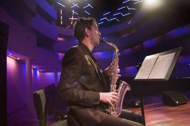 Optreden van Fontys-studenten. Foto Piet den Blanken